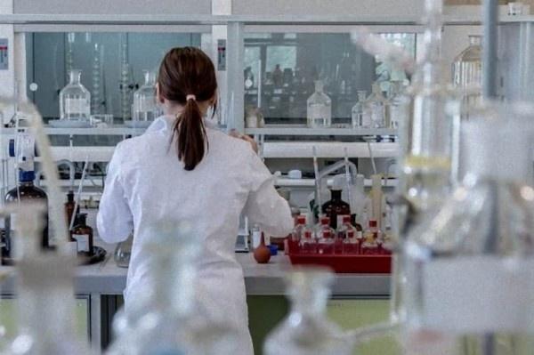 laboratory-2815641_640_e