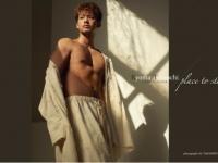 竹内涼真、肉体美に大人の魅力が全開。初のデジタル写真集を発売