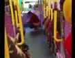 バス車内での脱糞事件は、「バスが公衆便所に」との大きな見出しで報じられた
