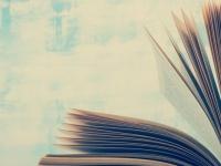 大学生に聞いた、中二心をくすぐられる小説のタイトル5選! 「人間失格」「限りなく透明に近いブルー」