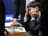 グーグル囲碁AI対プロ、最終戦は人工知能が勝利(AP/アフロ)