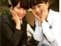 『刑事夫婦3』撮影時の葉月里緒菜(写真右)/鈴木砂羽Instagramより