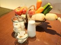 B2B向けの食品素材「チーズのような豆乳クリーム 大豆舞珠(まめまーじゅ)」と「チーズのような豆乳ブロック 大豆舞珠ぶろっく」