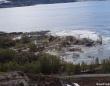 家が地面ごと海に引きずりこまれる。ノルウェーで発生した地滑り、巻き込まれた犬は無事救出