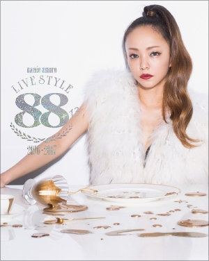 『namie amuro LIVE STYLE 2016-2017』(Dimension Point)
