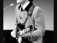 ジョン・レノン 画像は「Wikipedia」より引用