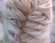 ブロンドヘアを編み込んだ女性かと思ったら、まさかのイぬぅぅ!?