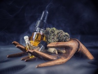 マリファナの主成分を煮詰めた大麻リキッドも蔓延(depositphotos.com)