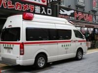 救急車を要請(覚知)してから到着までの平均時間は8.2分 Takamex / Shutterstock.com