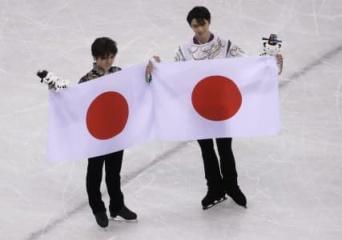 羽生結弦、金メダル取材で「国旗は下に置けない」発言に日本中が感動の嵐