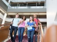 大学生が「一度は入ってみたい」と思う憧れの学部ランキング! ダントツ1位は……