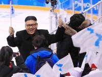 2018年平昌五輪アイスホッケー女子予選そっくりさんが登場(YONHAP NEWS/アフロ)