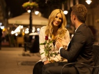 <4月の恋愛運>6月生まれは夜の街で出会いあり!? 9月生まれはモテ期【恋占ニュース】