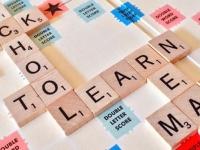 【東大生の頭脳に挑戦!】連想ゲームと同じ? 「多義語」な英語の語源クイズ【学生記者】