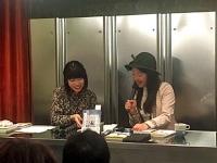 文月悠光さん(左)と牧村朝子さん(右)