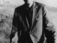 ジョゼフ・コーネル 画像は「Wikipedia」より