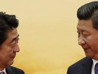 安倍晋三首相と習近平国家主席(写真:ロイター/アフロ)