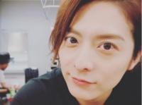 小池徹平 公式インスタグラム(@teppei.koike_official)より