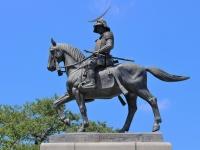 伊達政宗騎馬像(Takeshi KOUNOさん撮影、Flickerより)