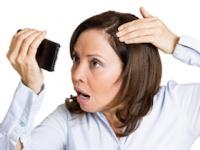 女性の「薄毛」の治療法と費用は?(shutterstock.com)