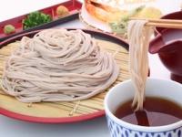外国人には蕎麦をすする音は不快?(depositphotos.com)
