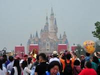 上海ディズニーランド(Imaginechina/アフロ)