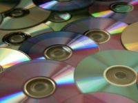 目的は、CDではなく。Photo by John Ward from Flickr