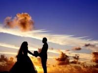 大学生のあなたならどうする? 親に結婚を反対されたら「駆け落ち」する社会人は◯割!