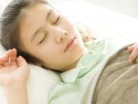 寝溜めしても疲れが残ってしまうばかりか……(shutterstock.com)