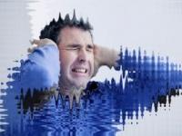 耳鳴りのノイズは多種雑多(shutterstock.com)