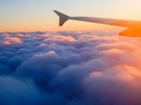今年の新社会人、46.2%が海外経験なし「行ってみたい」という人は63.9%【新社会人白書2017】