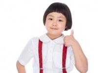 小学生時代の掃除の時間あるある9選! 「ほうきチャンバラ」「雑巾がけレース」