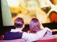 女子大生がデートに誘われると「微妙だな」と思ってしまう映画のジャンル8選