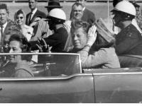 トランプ氏、ケネディ元大統領暗殺の秘密情報公開へ(AP/アフロ)