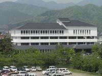 篠山市役所(「Wikipedia」より)
