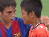 【世界中で絶賛!】U-12バルセロナと大宮アルディージャジュニア、試合後の選手同士の心の交流が話題に