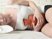 「湯たんぽ療法」で女性特有の「線維筋痛症」「慢性疲労症候群」が治癒(depositphotos.com)