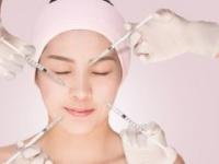 12月が美容医療に適している理由は?(shutterstock.com)