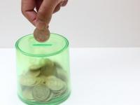 金欠学生は模様替えに挑戦?! 風水でお金が溜まるインテリアのコツ