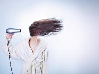 髪が痛む使い方してない? 意外と知らない正しいドライヤー方法8ステップ