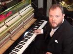 ピアノひとつで音楽の流行を追う演奏に驚愕!中にはあのゲーム音楽も