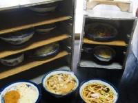 デリバリー料理に「軍手」が混入!? 韓国でも大騒動「カスハラ」の日本事情
