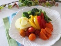 レンチンでOK! 温野菜サラダの簡単アレンジレシピ4選