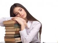 女子大生の約9割が「生理がツラい」と思った経験あり! 「吐き気」「腰が痛すぎて眠れない」