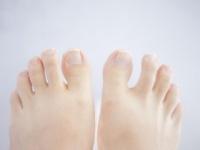 人体の不思議! 日本人は足の小指の関節が一つ少ないって本当?!