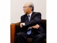 青山学院大学の三木義一学長(写真=小平尚典)