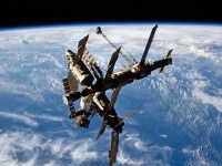宇宙ステーション「ミール」 画像は「Wikimedia Commons」より