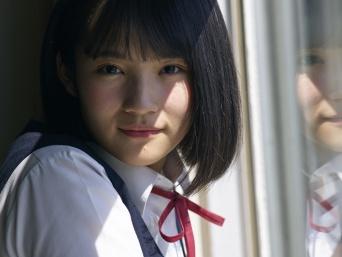 漫画『MIX』のCMに出演中のAKB48矢作萌夏