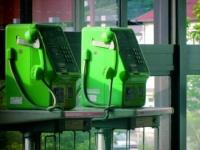公衆電話「4分の1削減」に「災害時は大丈夫?」相次ぐ危機感の声