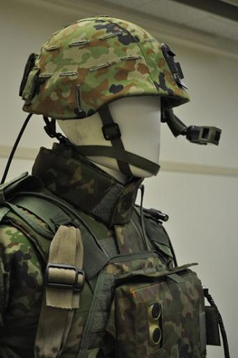 次世代の戦闘服(写真/川口友万)